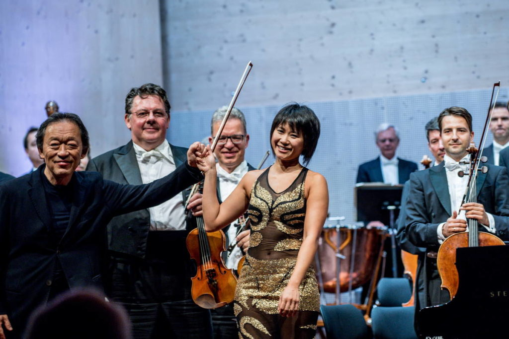 Dirigent Chung Myung-whun, Staatskapelle Dresden und Yuja Wang im Festival-Zelt Gstaad 2019