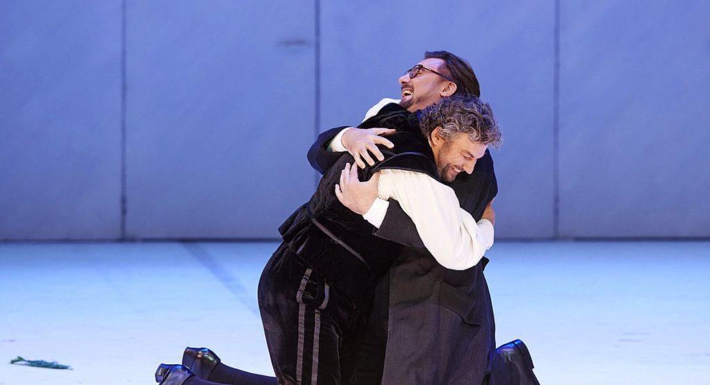 Jonas Kaufmann (Don Carlos) und Igor Golovatenko (Rodrigue) in der Wiener Staatsoper