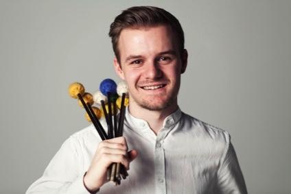 Perkussionist Fabian Ziegler